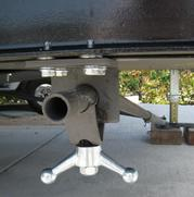 SteadyFast: 5th Wheel and RV Trailer Stabilizer